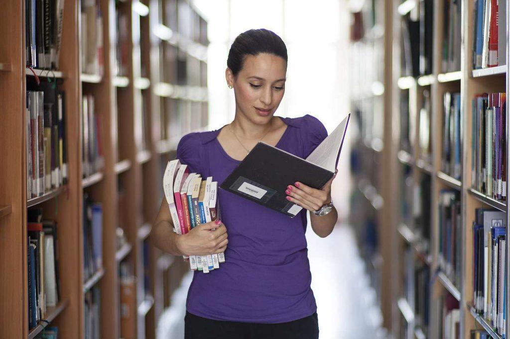 como hacer un reporte de lectura universitario